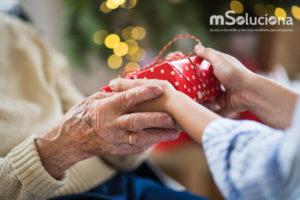Cómo pasar un estupendo día de Reyes con nuestros mayores